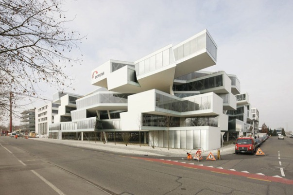 EDIFICIO-JENGA-ACTELION-BUSINESS-CENTER -